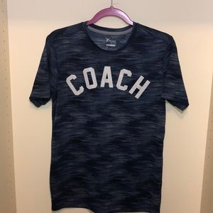 """Coach"" active top"